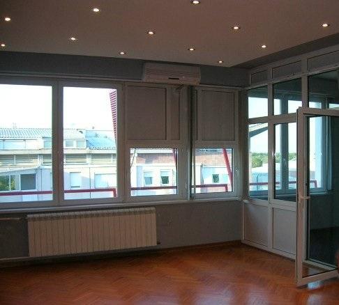 Poslovni prostor 145m² Novi Beograd YUBC