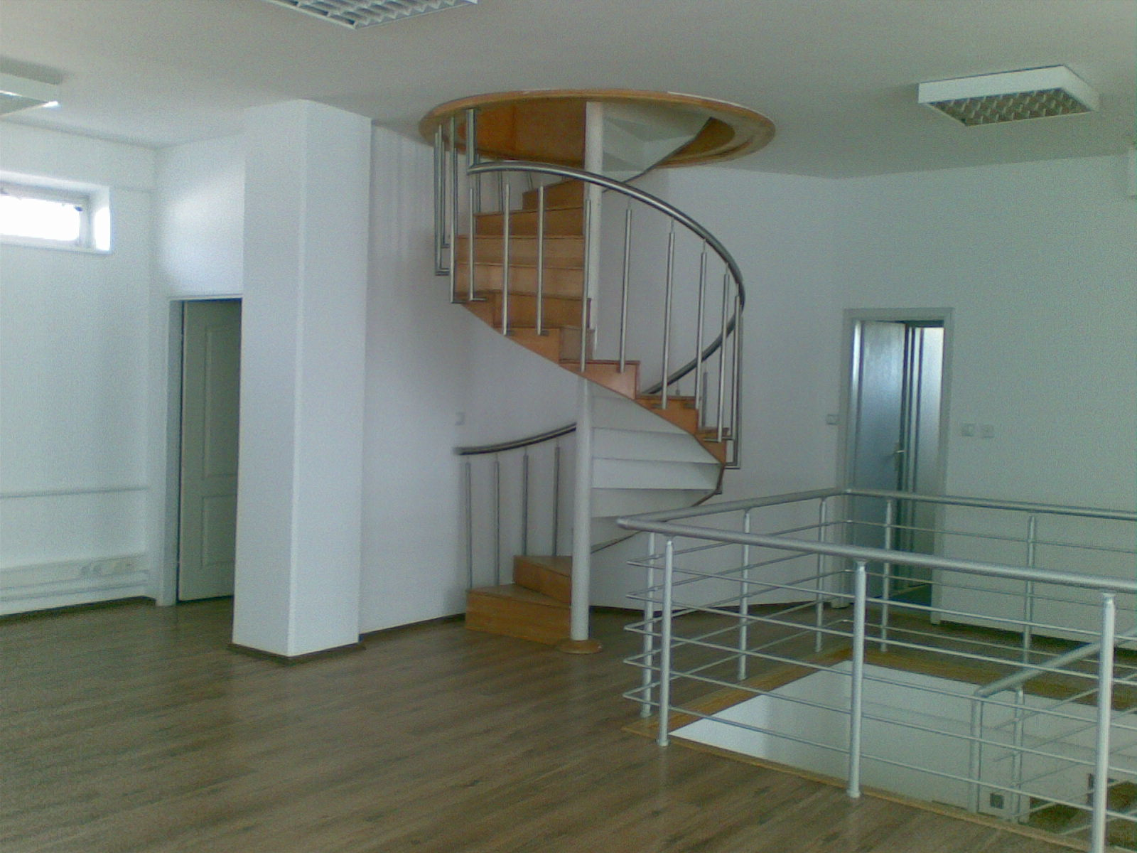 Stan 243m² Novi Beograd YUBC
