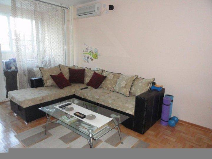 Novi Beograd(blok 22), 55m2, agencijski ID: 2656