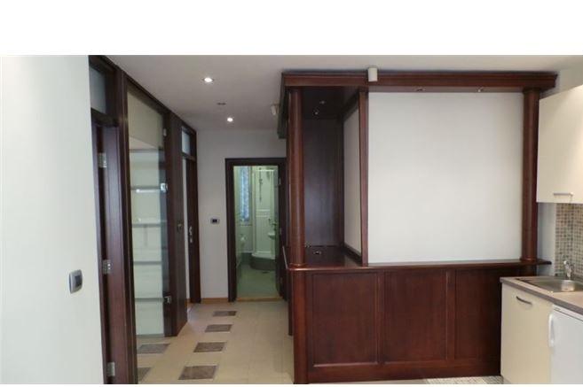 Poslovni prostor 52m² Vračar
