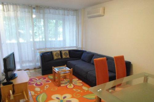 Stan 75m² Novi Beograd blok 22