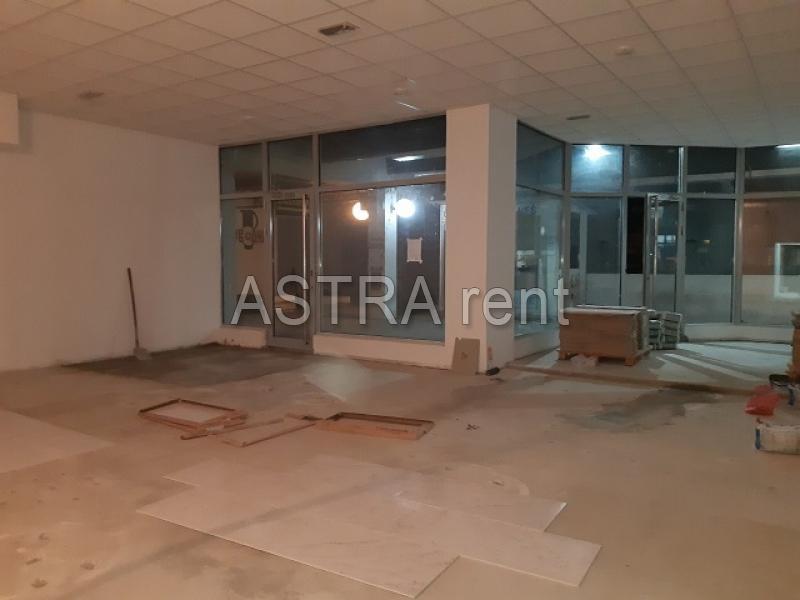 Poslovni prostor 175m² Novi Beograd Stari Merkator