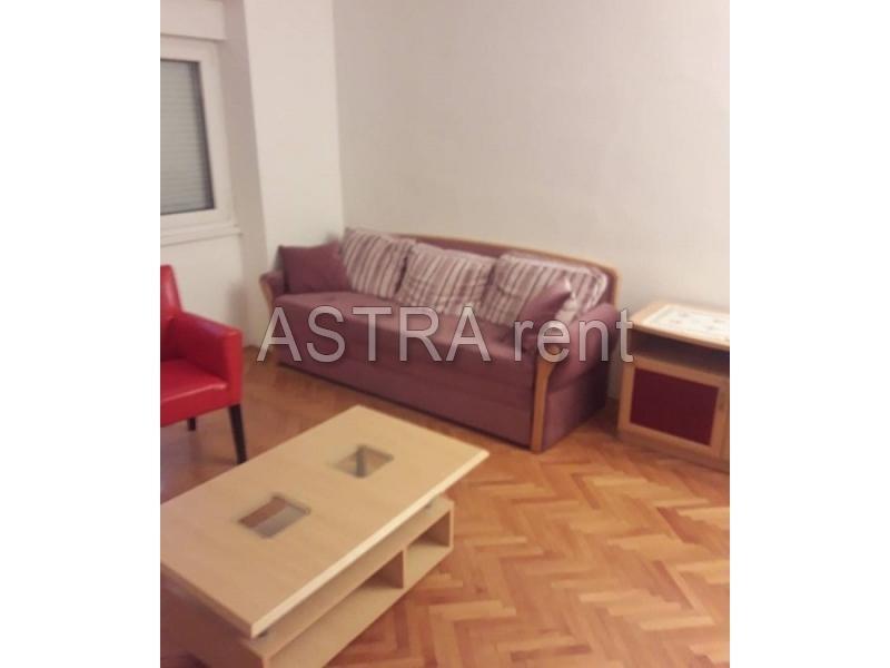 Stan 60m² Novi Beograd Stari Merkator