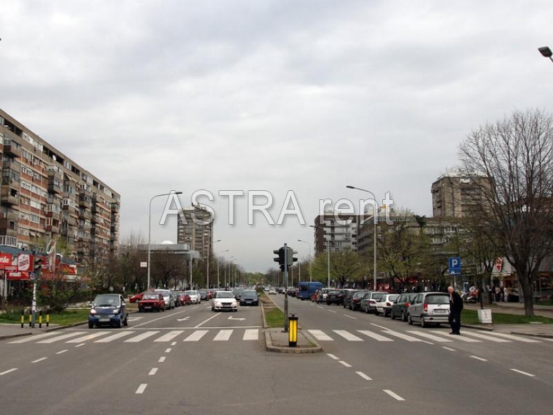 Poslovni prostor 80m² Novi Beograd Hotel Yu