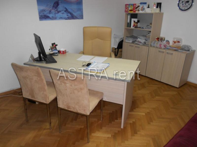 Poslovni prostor 87m² Novi Beograd YUBC
