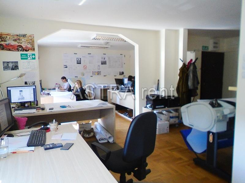 Poslovni prostor 120m² Novi Beograd blok 21