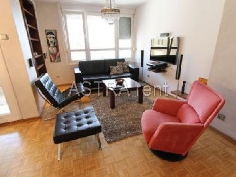 Stan 72m² Novi Beograd Blok 30