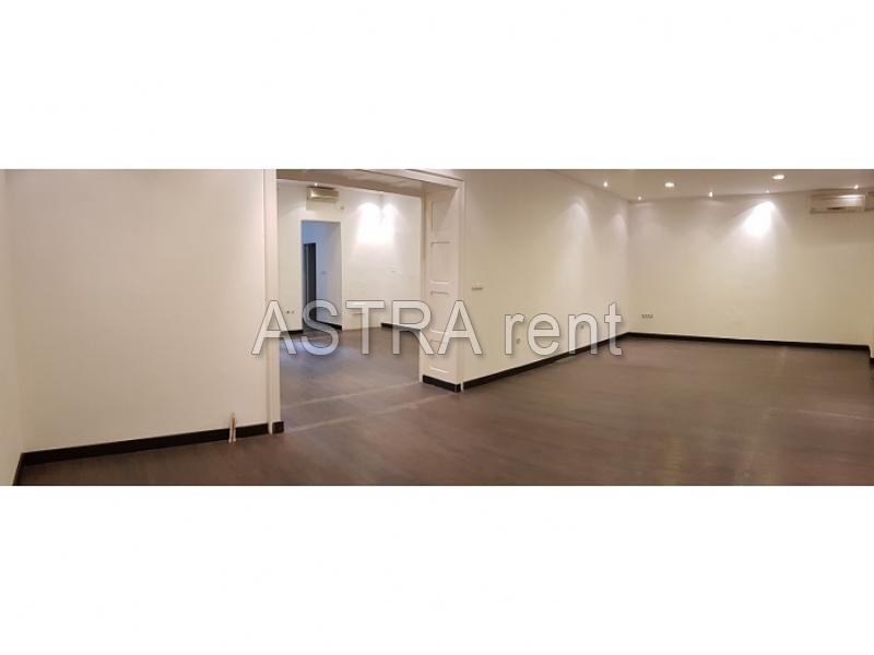 Poslovni prostor 180m² Vračar