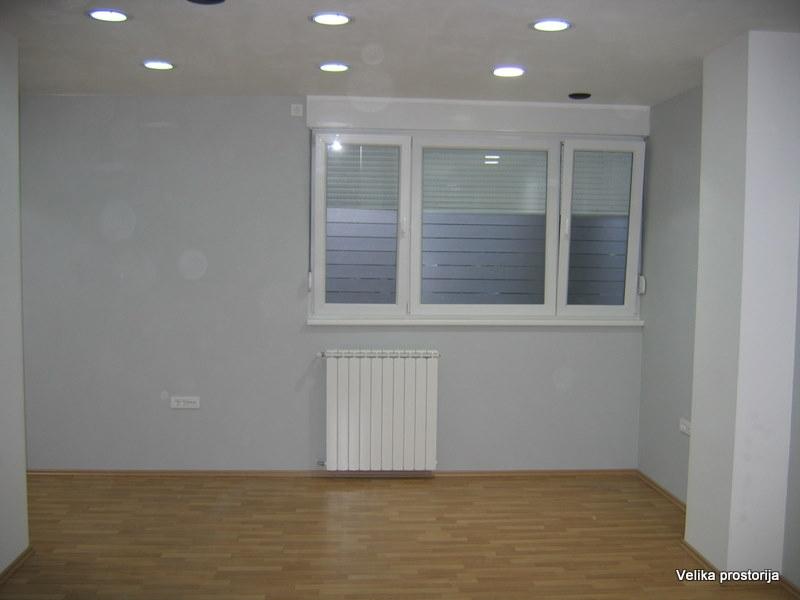 Poslovni prostor 55m² Novi Beograd blok 21